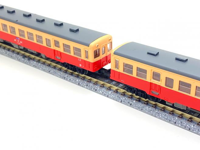 【鉄コレ】小湊鐵道キハ200形2両セット 連結面は広い、です。